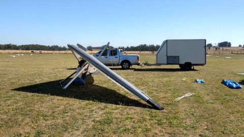 Setting up microlight wing at Drouin